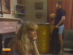Jane Harris, Joe Mangel in Neighbours Episode 0909