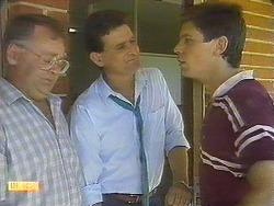 Harold Bishop, Des Clarke, Joe Mangel in Neighbours Episode 0910