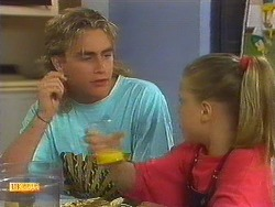 Nick Page, Katie Landers in Neighbours Episode 0910