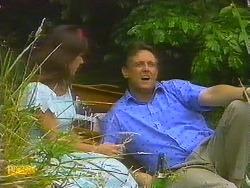 Kerry Bishop, Glen Matheson in Neighbours Episode 0911