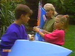 Todd Landers, Helen Daniels, Katie Landers in Neighbours Episode 0911