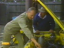 Jim Robinson, Rob Lewis in Neighbours Episode 0913