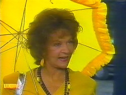 Gloria Lewis in Neighbours Episode 0913