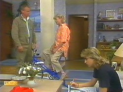 Jim Robinson, Helen Daniels, Nick Page in Neighbours Episode 0914