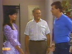 Poppy Skouros, Harold Bishop, Des Clarke in Neighbours Episode 0914