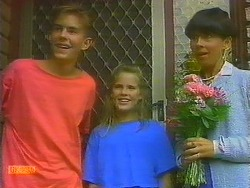 Todd Landers, Katie Landers, Hilary Robinson in Neighbours Episode 0915