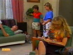 Joe Mangel, Toby Mangel, Katie Landers, Jane Harris in Neighbours Episode 0917