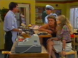 Des Clarke, Police Officer, Henry Ramsay, Jane Harris in Neighbours Episode 0918