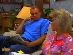 Jim Robinson, Helen Daniels in Neighbours Episode 0919