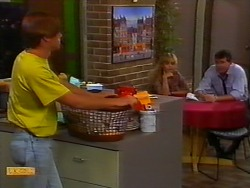 Mike Young, Jane Harris, Des Clarke in Neighbours Episode 0919