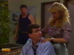 Joe Mangel, Des Clarke, Jane Harris in Neighbours Episode 0919