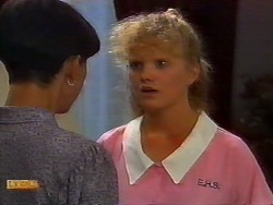 Hilary Robinson, Sharon Davies in Neighbours Episode 0920