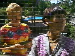 Bronwyn Davies, Hilary Robinson in Neighbours Episode 0921