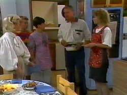 Helen Daniels, Bronwyn Davies, Hilary Robinson, Jim Robinson, Beverly Marshall in Neighbours Episode 0921