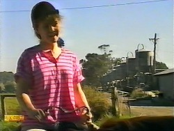 Laurie in Neighbours Episode 0922