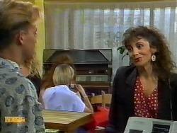 Scott Robinson, Madeline Price in Neighbours Episode 0922