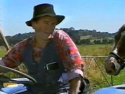 Farmer in Neighbours Episode 0922