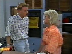 Scott Robinson, Helen Daniels in Neighbours Episode 0922