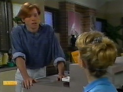 Mike Young, Jenny Owens in Neighbours Episode 0922