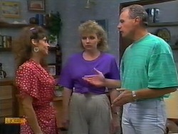 Madeline Price, Beverly Robinson, Jim Robinson in Neighbours Episode 0922