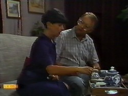 Hilary Robinson, Harold Bishop in Neighbours Episode 0923