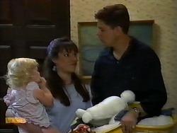 Sky Bishop, Kerry Bishop, Joe Mangel in Neighbours Episode 0924
