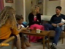 Jane Harris, Toby Mangel, Noelene Mangel, Joe Mangel in Neighbours Episode 0924