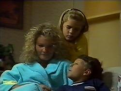 Noelene Mangel, Katie Landers, Toby Mangel in Neighbours Episode 0924