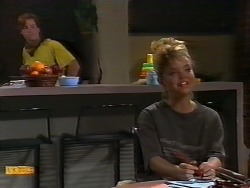 Mike Young, Jenny Owens in Neighbours Episode 0926