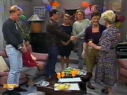 Scott Robinson, Hilary Robinson, Paul Robinson, Bronwyn Davies, Henry Ramsay, Jim Robinson, Gail Robinson, Helen Daniels in Neighbours Episode 0926