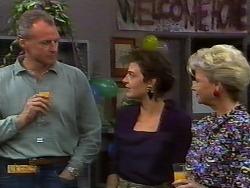 Jim Robinson, Gail Robinson, Helen Daniels in Neighbours Episode 0926