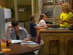 Joe Mangel, Toby Mangel, Katie Landers, Noelene Mangel in Neighbours Episode 0926