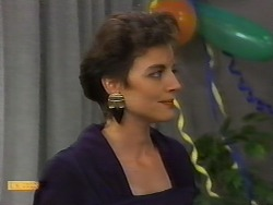 Gail Robinson in Neighbours Episode 0926