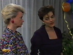 Helen Daniels, Gail Robinson in Neighbours Episode 0927