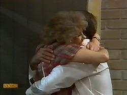 Madge Bishop, Harold Bishop in Neighbours Episode 0927