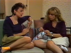 Gail Robinson, Jane Harris in Neighbours Episode 0927