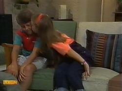 Toby Mangel, Katie Landers in Neighbours Episode 0927