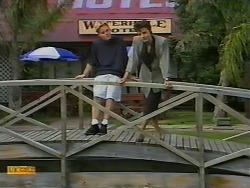 Scott Robinson, Gail Robinson in Neighbours Episode 0927