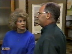 Madge Bishop, Harold Bishop in Neighbours Episode 0928