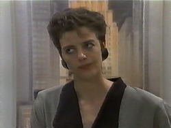 Gail Robinson in Neighbours Episode 0928