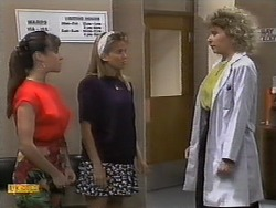 Kerry Bishop, Bronwyn Davies, Beverly Marshall in Neighbours Episode 0929