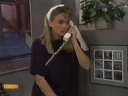 Bronwyn Davies in Neighbours Episode 0929
