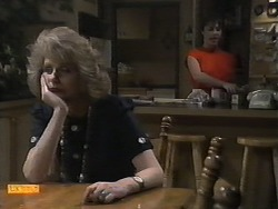 Madge Bishop, Kerry Bishop in Neighbours Episode 0929