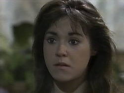 Kerry Bishop in Neighbours Episode 0929