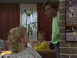 Jenny Owens, Bronwyn Davies, Mike Young in Neighbours Episode 0930