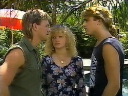 Skinner, Sharon Davies, Nick Page in Neighbours Episode 0932