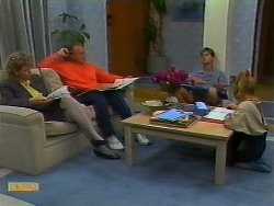 Beverly Robinson, Jim Robinson, Todd Landers, Katie Landers in Neighbours Episode 0933