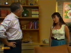 Harold Bishop, Kerry Bishop in Neighbours Episode 0933