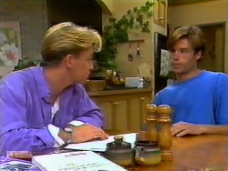 Scott Robinson, Mike Young in Neighbours Episode 0935