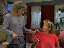 Beverly Robinson, Jenny Owens in Neighbours Episode 0935